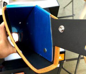 STIHL初のハンディータイプのバッテリーガーデンカッター専用ホルダー内部